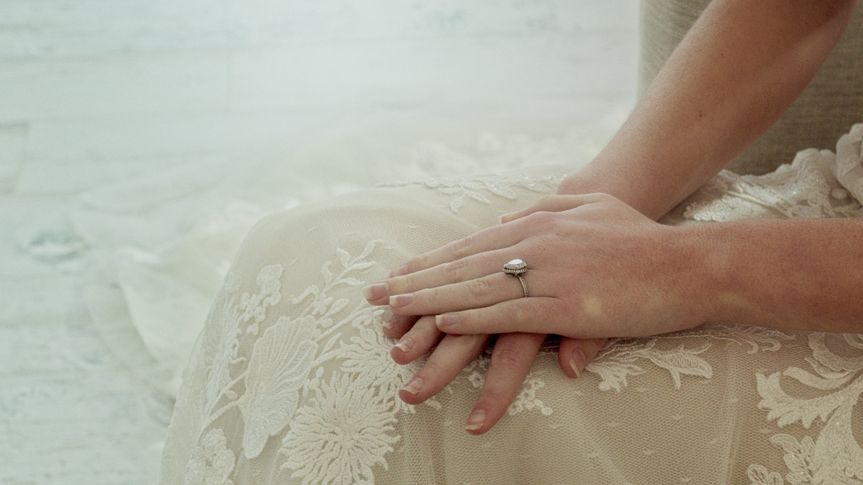 Lace details on a wedding dress