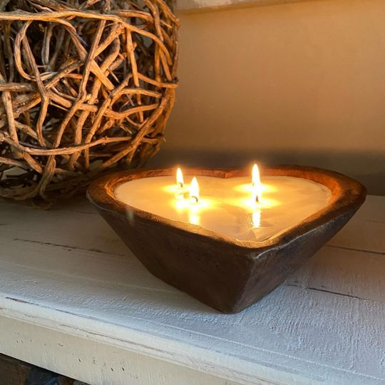 Natural finish candle