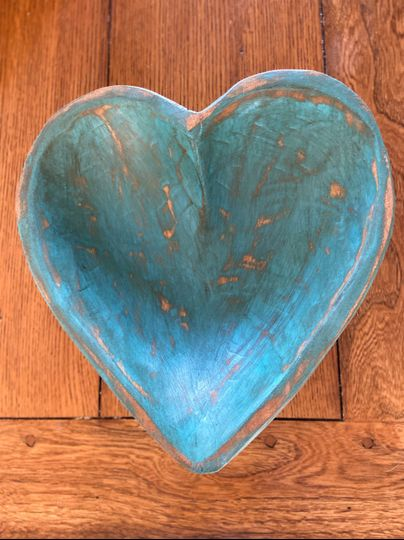 Large turquoise heart wood bow