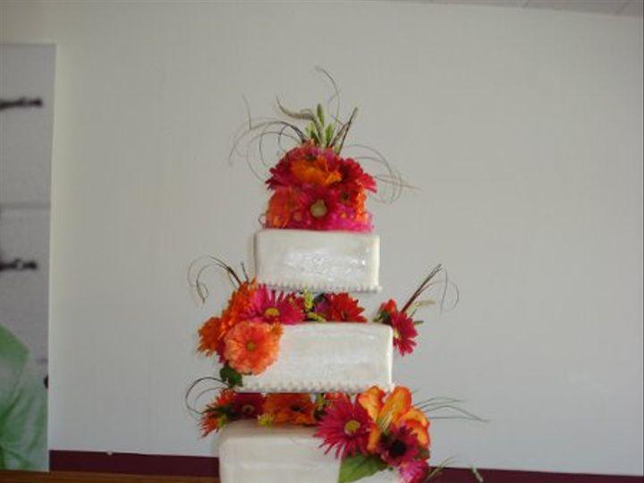 Tmx 1296592545638 Floatingweddingcake Joplin wedding cake