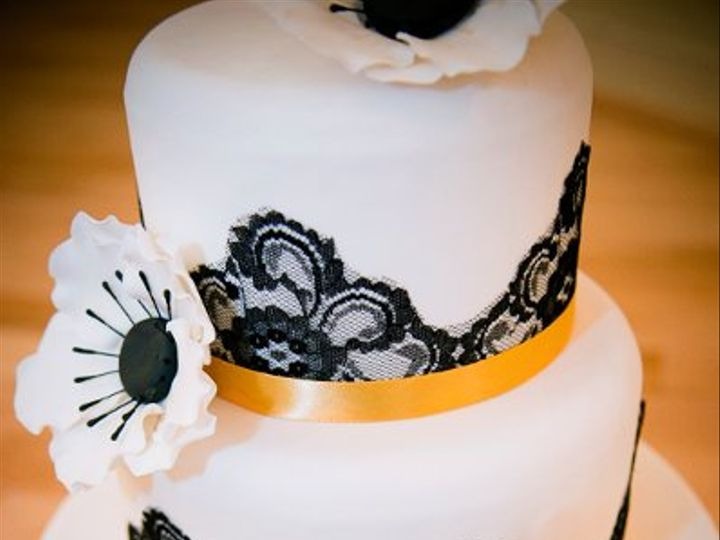 Tmx 1308112194171 MISC19 Joplin wedding cake