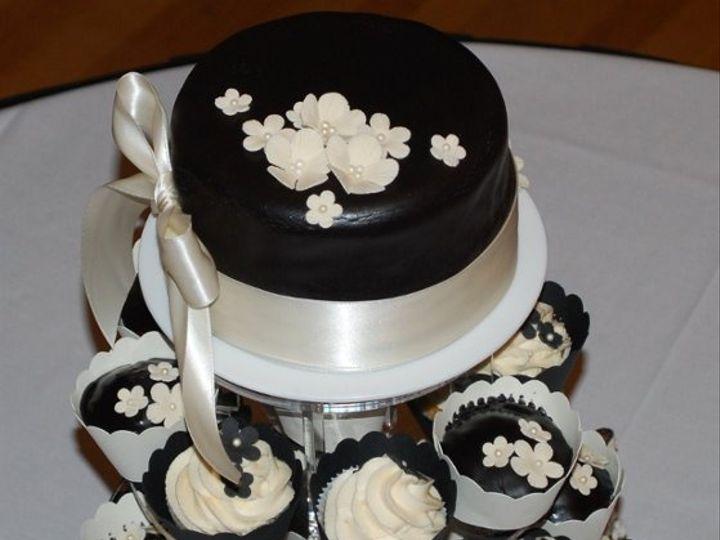 Tmx 1308113755187 BlackTiecupcaketree Joplin wedding cake