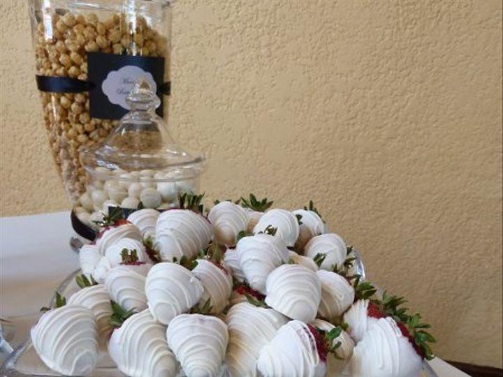 Tmx 1315850714220 ChocolateStrawberries Joplin wedding cake