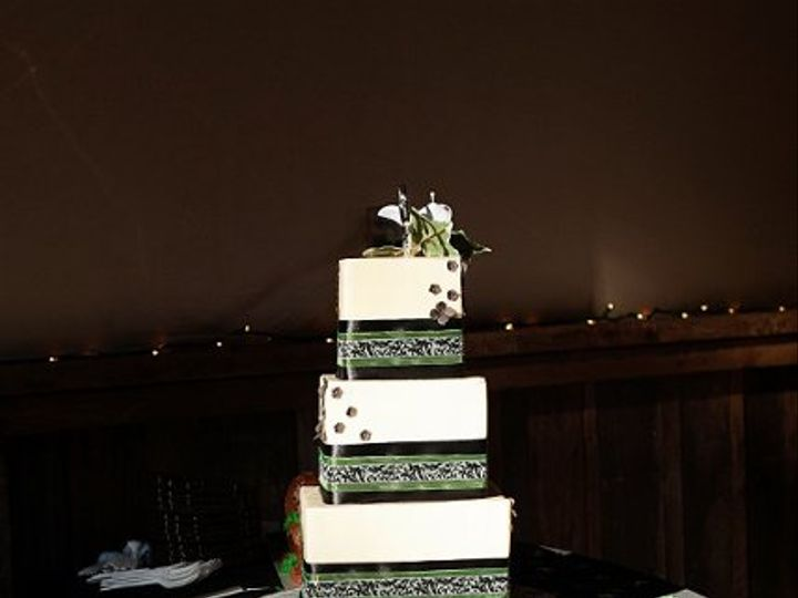 Tmx 1315851211159 198b Joplin wedding cake