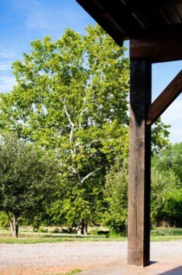 Porch perfect for photos