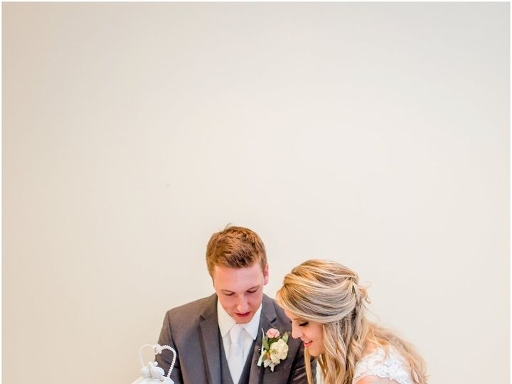 Tmx Shoal Creek Wedding Photography Ar Brown 0903 Elizabeth Ladean Photography Photo 2578 51 124519 Kansas City, Missouri wedding venue