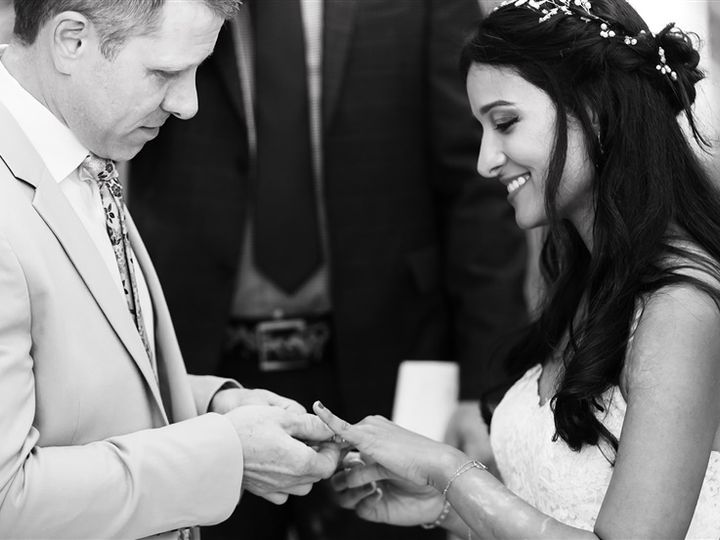 Tmx Amy 5206 Copy 5 51 974519 159553143161124 Great Barrington, MA wedding photography