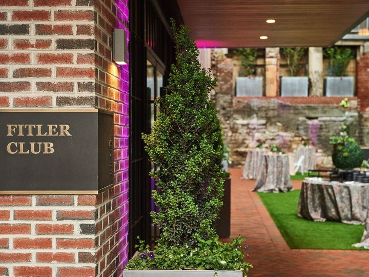 Tmx 10 Philip Gabriel Photography Nace Fitler Club 5 14 19 1 51 1016519 159424533830643 Philadelphia, PA wedding venue