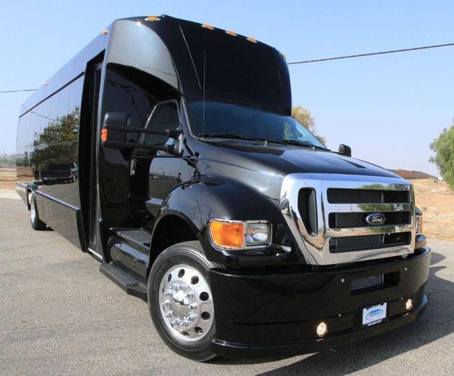 executive bus blk 51 1387519 161136119912732