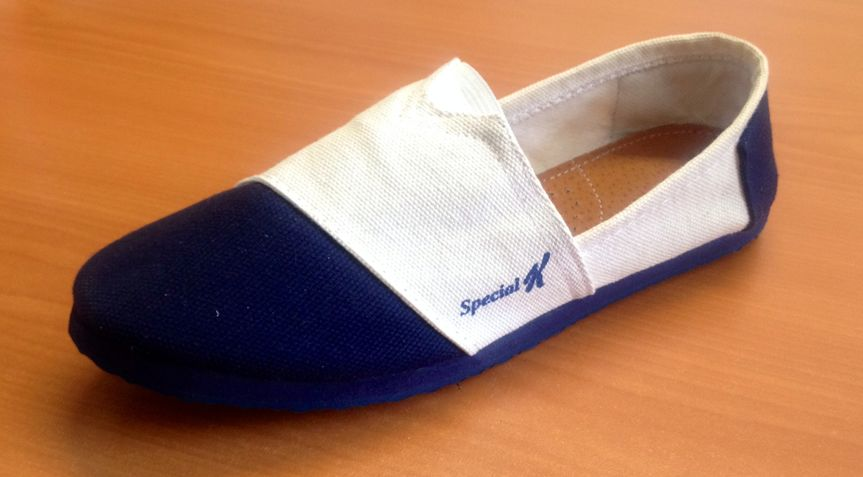Custom slip ons, Corporate event flip flops, convention , fundraisers, and any type of event ,...