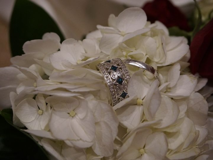 Tmx 1487230374383 Fdf9dba2 Ded0 454b 978b F57fc4f5b32a Amity wedding florist