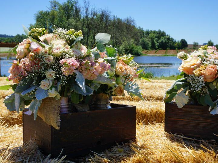 Tmx 1498982149699 1b0d9478 Cb83 4024 9c68 Ff62017388d7 Amity wedding florist