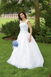 BrideBrunette