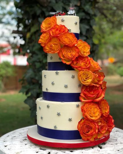 4th of July Fresh Floral Wedding Cake