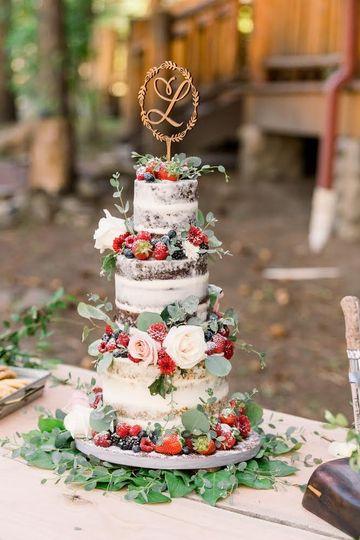 Romantic Naked Wedding Cake