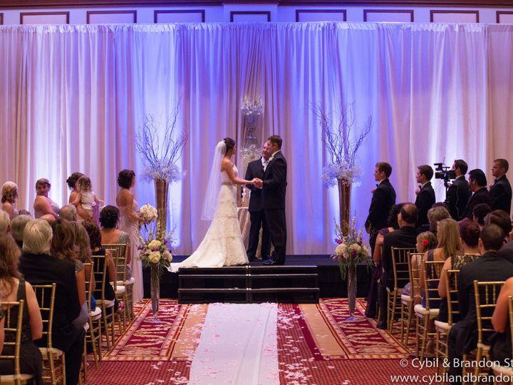 Tmx 1539030486 B1569bcd07218b71 1539030484 C3d751dd604e3c05 1539030481125 7 Facebook Previews  Indianapolis, IN wedding venue