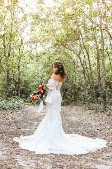 Forest bridal shot (Jalona Marie Bridal)