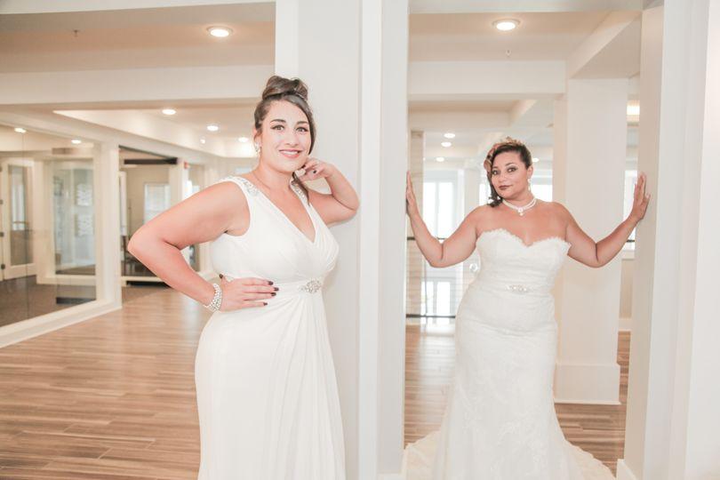feaa054b7811 Divas Closet Bridal Boutique - Dress & Attire - Kansas City, KS ...