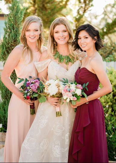 Bride & Bridesmaids Tropical