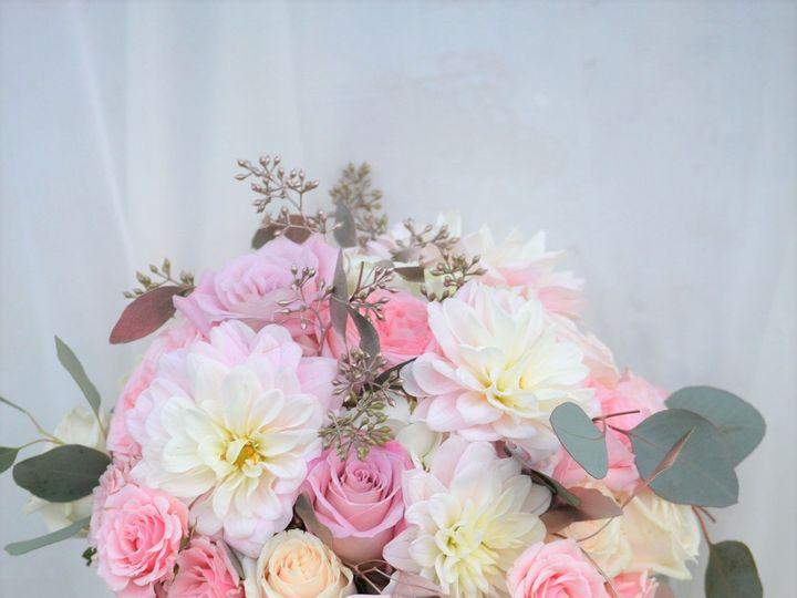Tmx 1537396839 E87dad7cfe8056a9 1537396838 456ed43d23c073f9 1537396836590 5 01a8a320f49ca3a67d Garden Grove, CA wedding florist