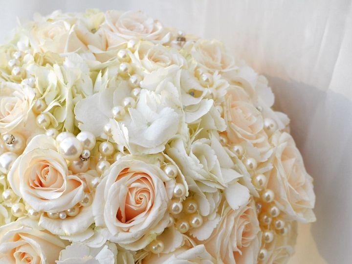 Tmx 1537398124 517c48d93801f787 1537398123 6be380c3cf509559 1537398120516 28 01ce3e85628fb1108 Garden Grove, CA wedding florist