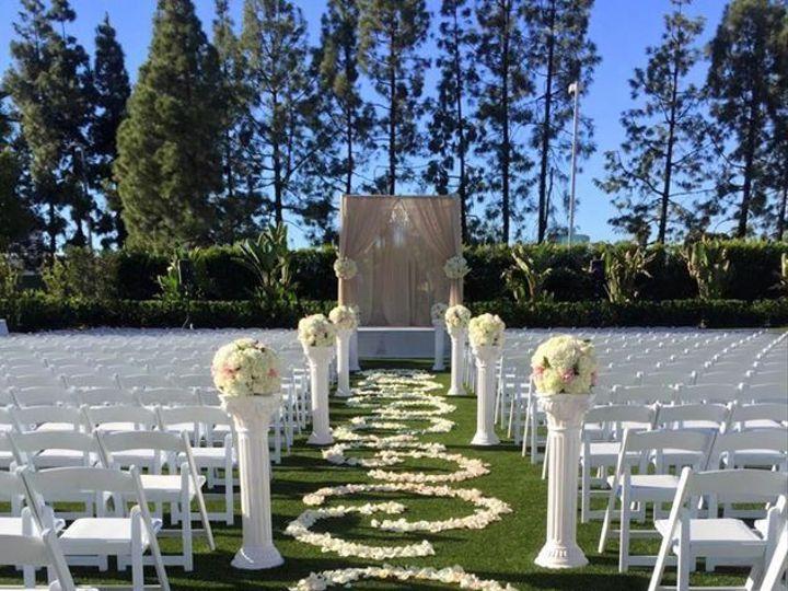 Tmx 1537398188 Aac417f412127b2a 1537398188 6d4fce1095d8d91a 1537398185728 29 01cbacffc6f7965a3 Garden Grove, CA wedding florist