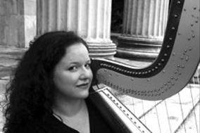 Daria Cortese, harpist