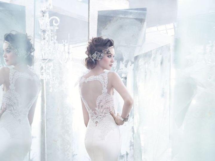 Tmx 1393631339776 Lz3360a Plano wedding dress