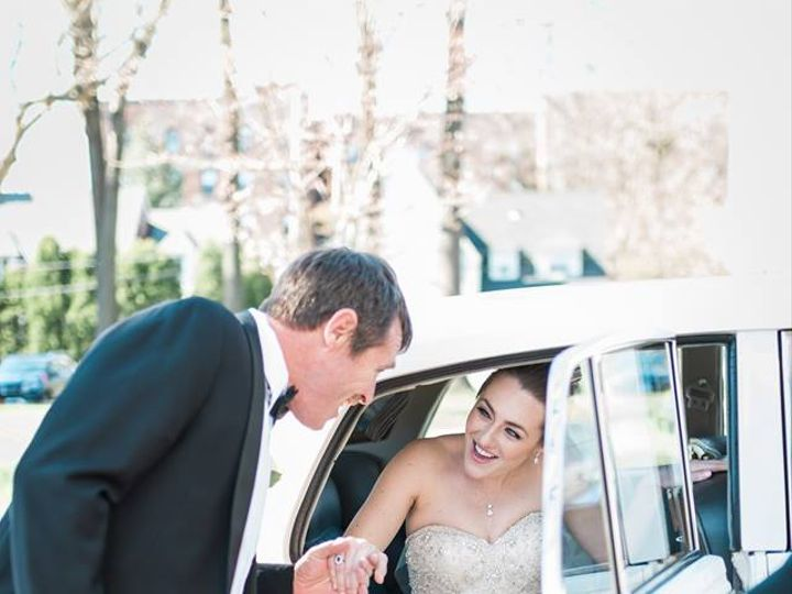 Tmx Bride Coming Out Of 63 51 106719 V1 Yonkers, NY wedding transportation