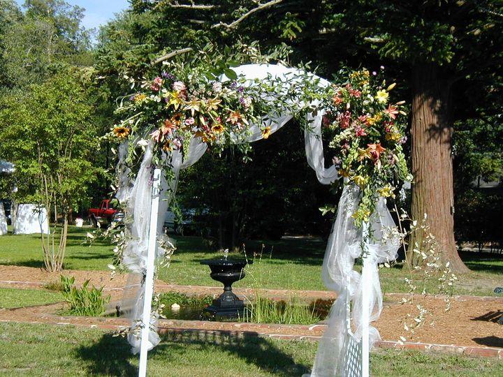 Outdoor arch