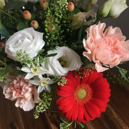 pastello floral low center piece 51 1047719 1557874374