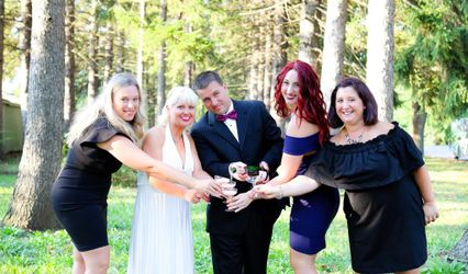 Weddings and Events By Kristin