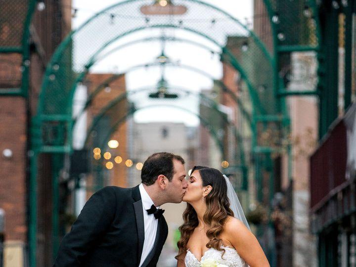 Tmx Rosyandshaunphotography29 51 1028719 160261446423215 Pontiac, MI wedding venue