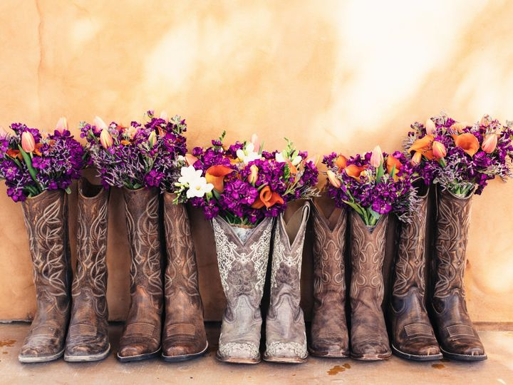 Tmx Cowgirl Boots With Bouquet 51 1038719 158699322483333 Modesto, CA wedding planner