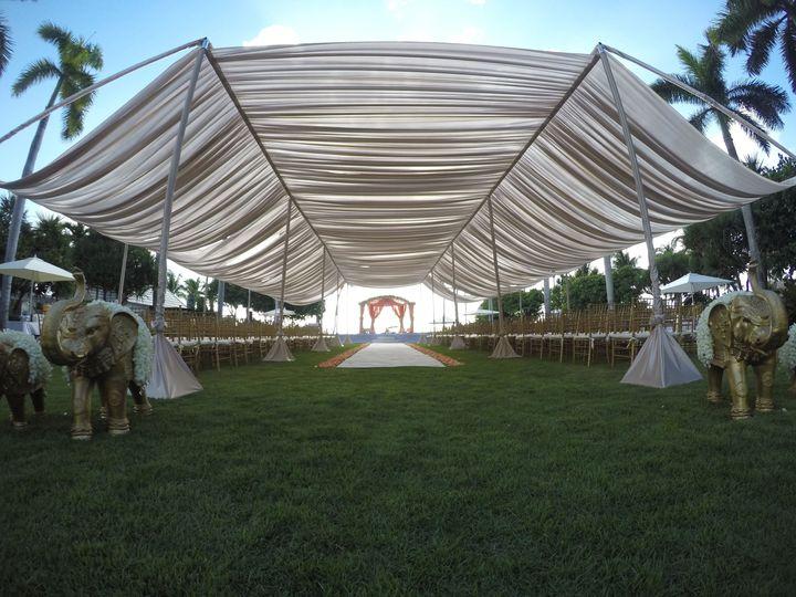 Tmx 1532458070 B6a98616c7c7bf44 1532458067 2dcfae46a45ec93f 1532458065715 13 GOPR1845 Copy Orlando, Florida wedding rental
