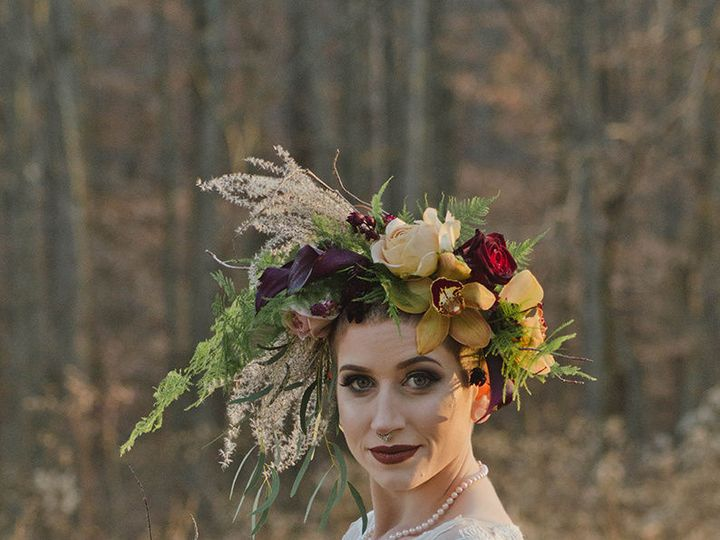 Tmx 1515687074 3479f7a0ba282bc1 1515687072 18598985ceca52be 1515687070847 3 Image Fallston wedding florist