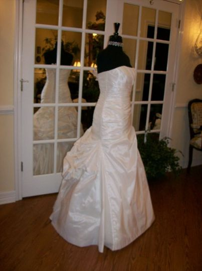 Sew it seams bridal alterations dress attire the for Wedding dress alterations houston