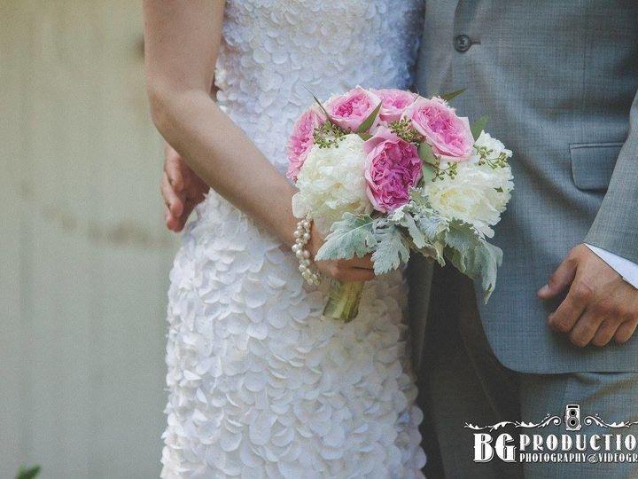 Tmx 1502552551157 139258456574221910935132396805824831208617o Philadelphia, Pennsylvania wedding florist