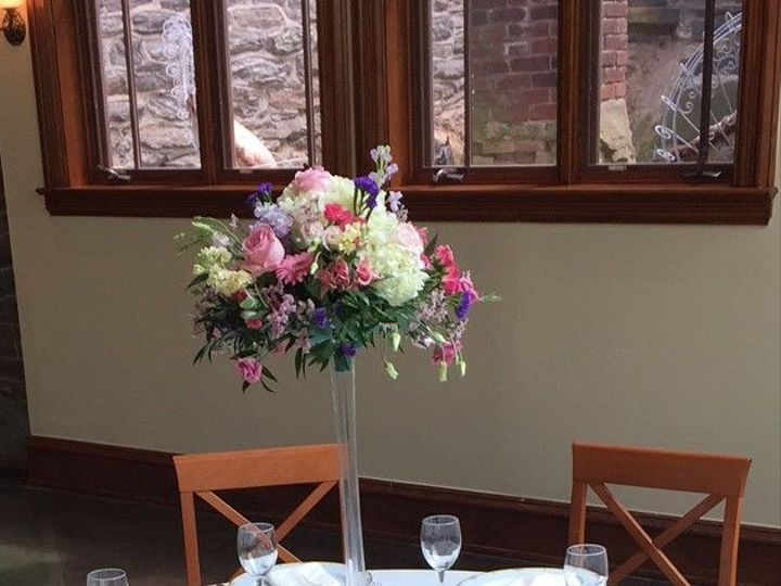 Tmx 1517621246 53c6faa07e2e1781 1517621245 437ae3fbff5a0b8d 1517621244637 5 Eifel Tower Arrang Philadelphia, Pennsylvania wedding florist