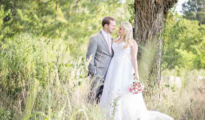 Mimi's Bridal and Formalwear