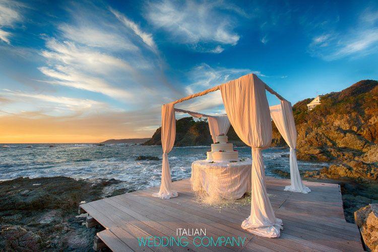10seaside wedding