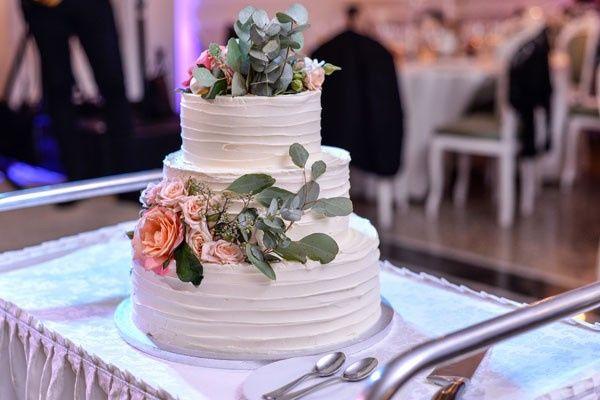 wedding cakes13 51 1926819 158215746778454