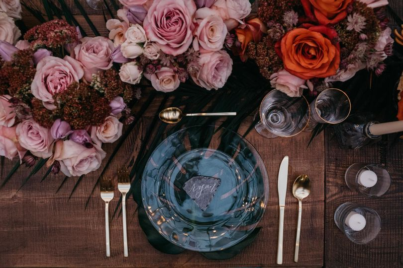 Ombre flowers centerpiece