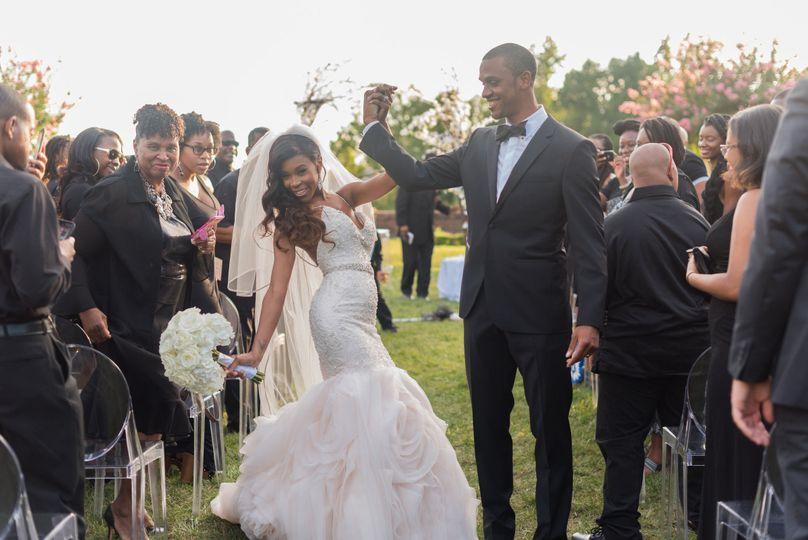 36d80c155b941aaa 1487118957785 ashton and deons wedding favs 98