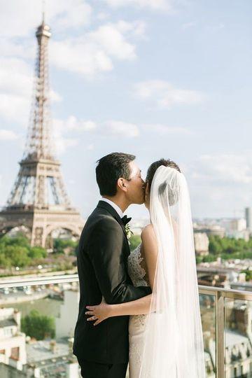 Eiffel Tower Wedding Escape