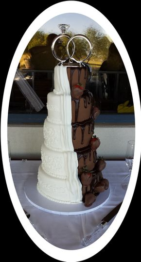 800x800 1382254382674 mooshus wedding cake bride half groom1