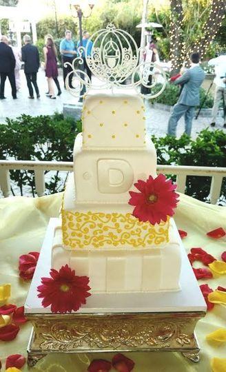 Cakes by MooShu - Wedding Cake - Glendale, AZ - WeddingWire