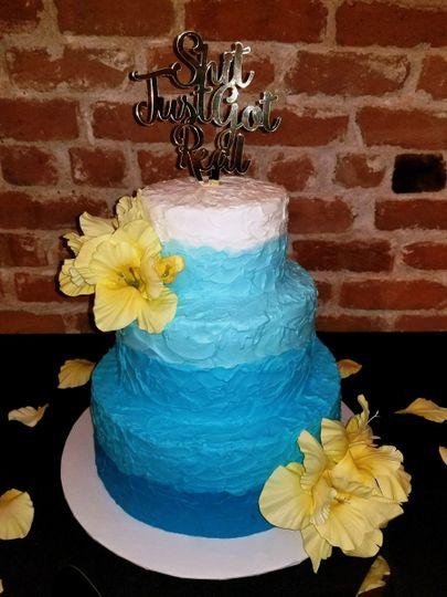 mooshus hawaiian blues water textured wedding cake