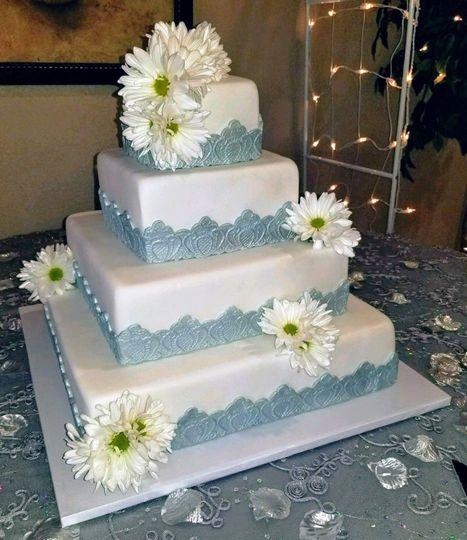 762db7039b858657 MooShus 4 tier fondant silver molded lace square daisies weddi