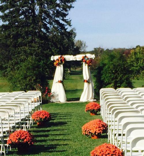 Outdoor Wedding Venues In Ohio: Tamaron Country Club